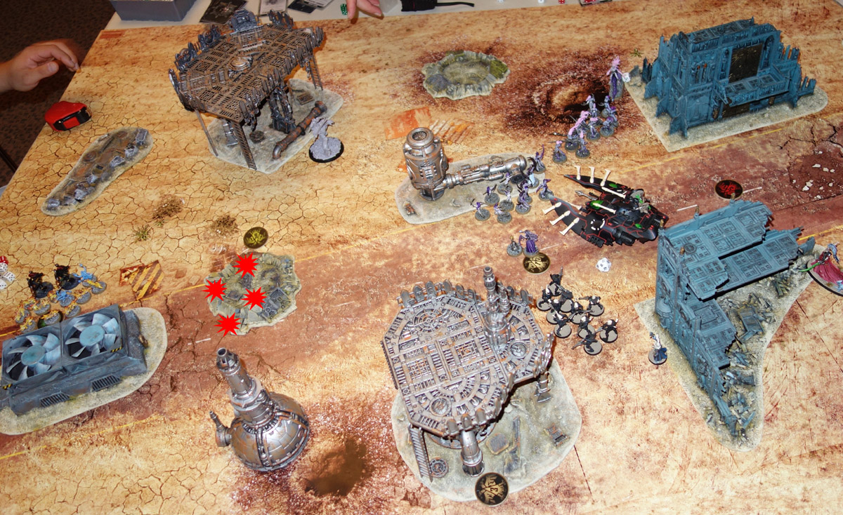 [40K] Daemons + Ynnari Vs. Ultramarines + SMC 170910021619970211