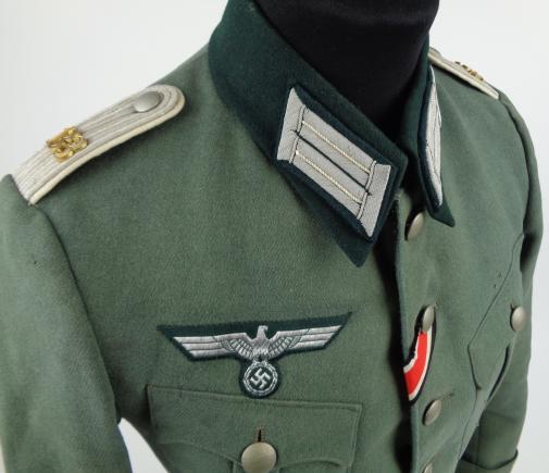 Authentification de deux vestes d'officiers de la Heer 170912082031869499