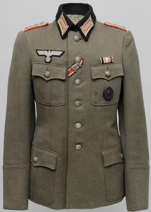 Authentification de deux vestes d'officiers de la Heer 170912082510731892