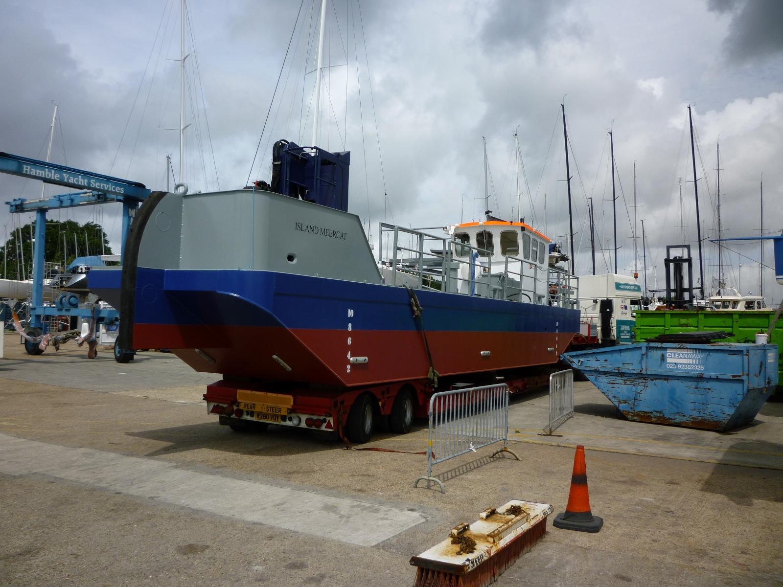 Petit pushboat motorflote par Wadone 170913035029582594