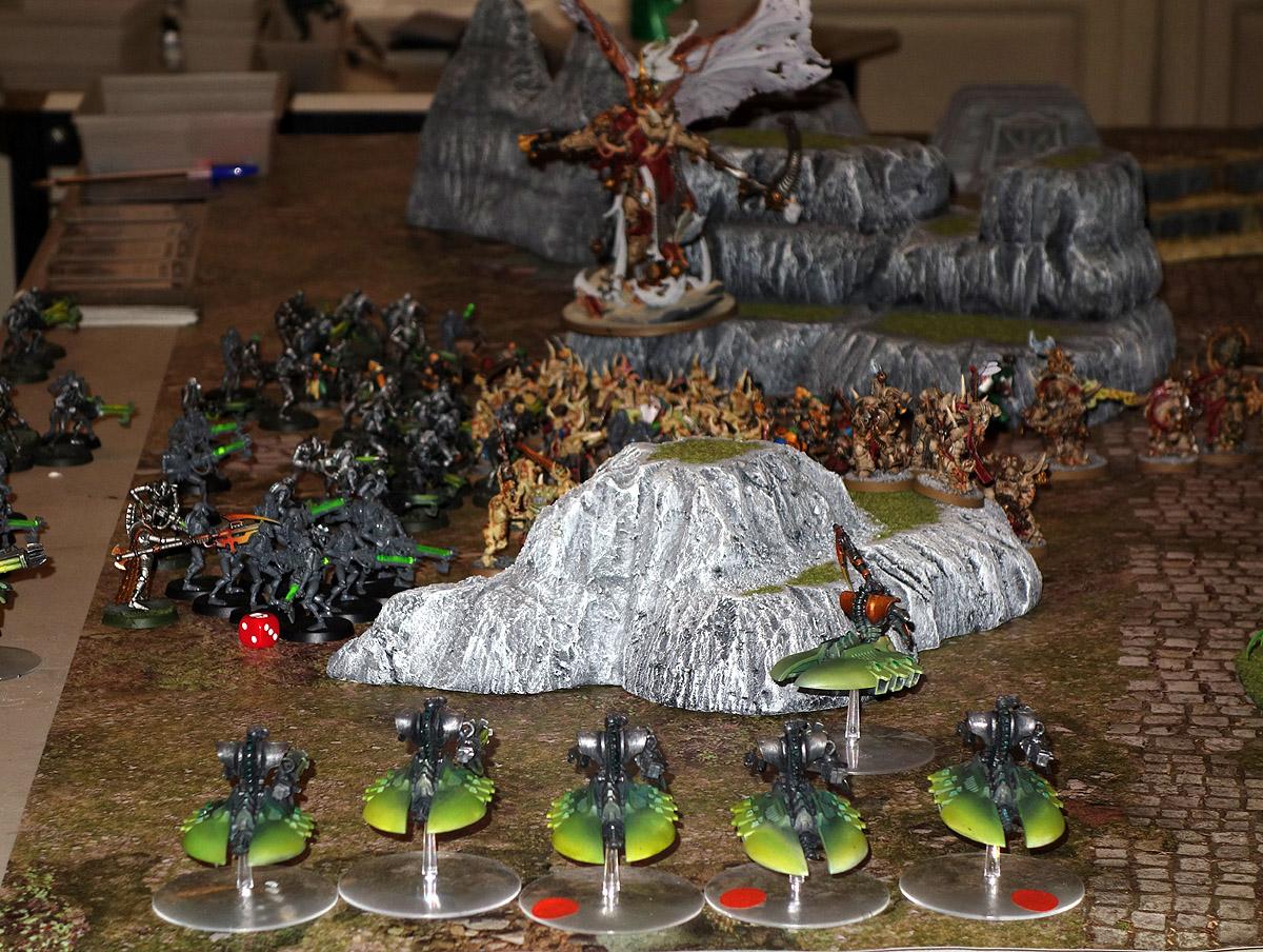 Death Guard (Mortarion) Vs. Necrons 170923124721437577
