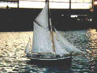 recherche des plans d'un modèle de yacht classique télécommandable inachevé 171012115250466403