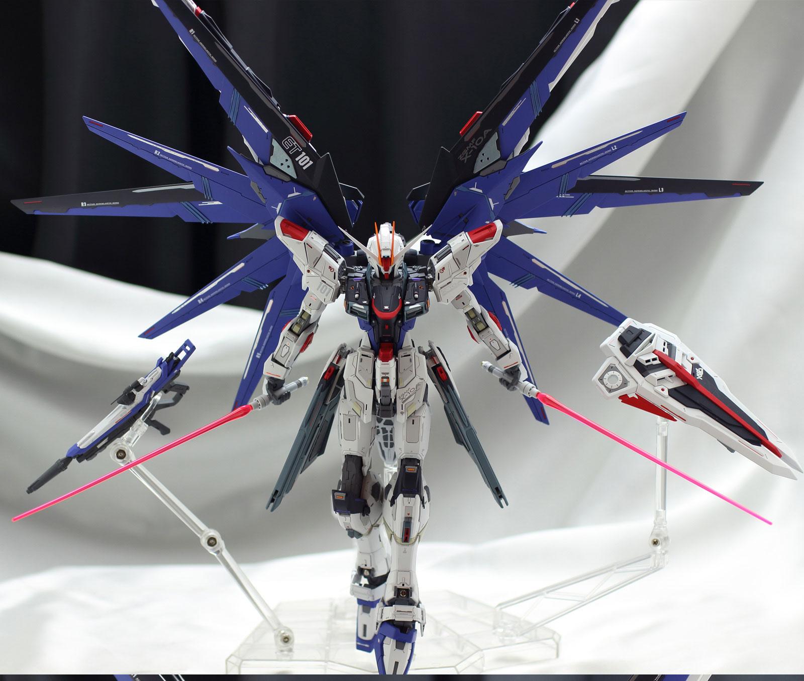 mg-freedom-gundam-ver-2-custom-build (7)