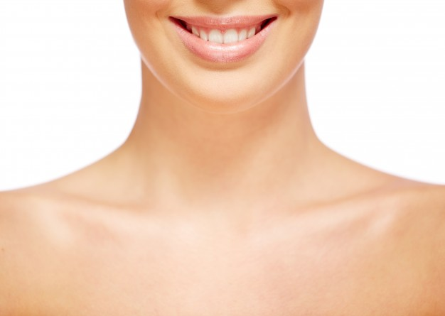 neck-close-up-of-a-natural-woman_1098-4019