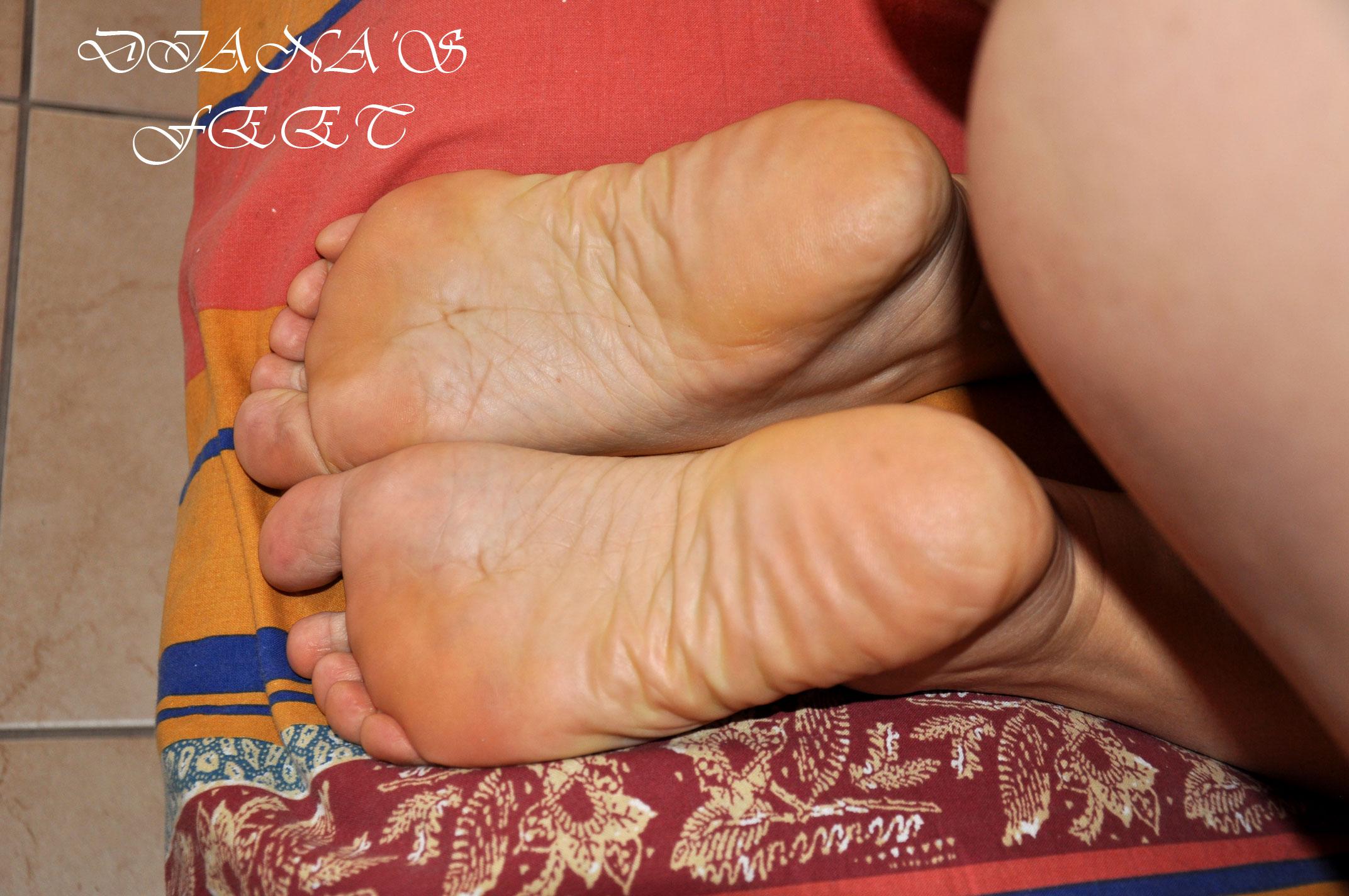 Diana 's feet 171114101757589124