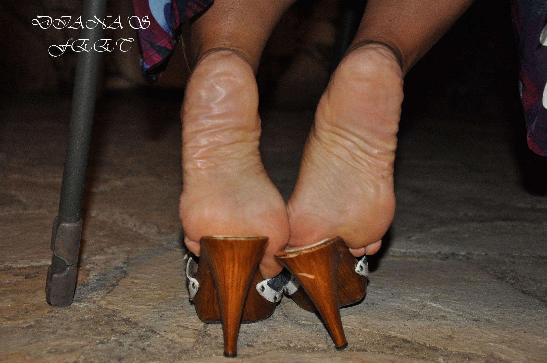 Diana 's feet 171115102729793606