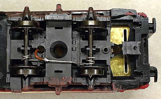 Digitalisation Märklin 34156 - type 26 SNCB (BR52) - Page 3 171120045350624702