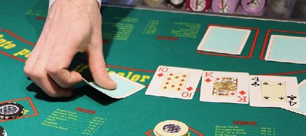 poker-texas-holden3-1100x358