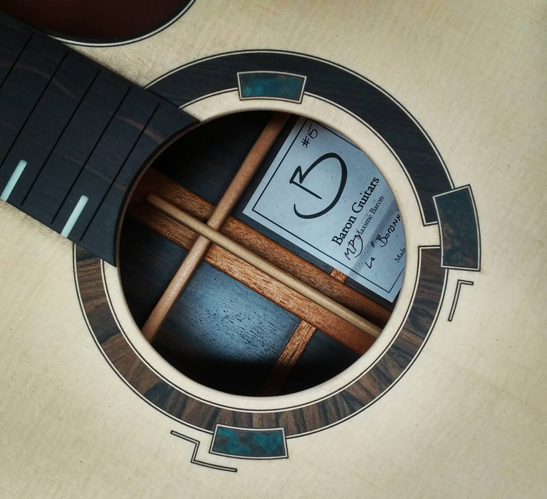 Présentation du luthier Maxime Baron 1801070242234624