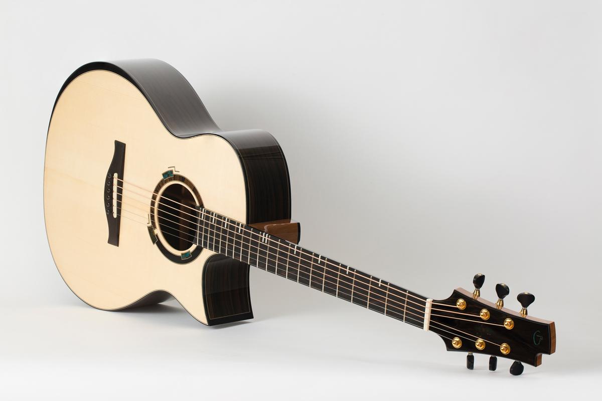 Présentation du luthier Maxime Baron 180107024223981200