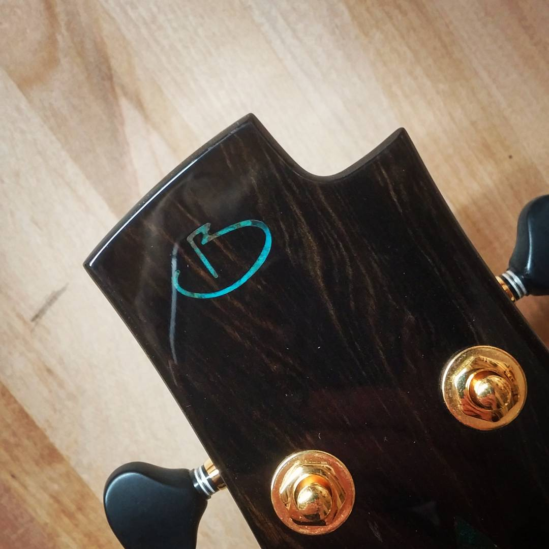 Présentation du luthier Maxime Baron 180107024224635248