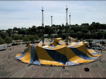 cirque debut