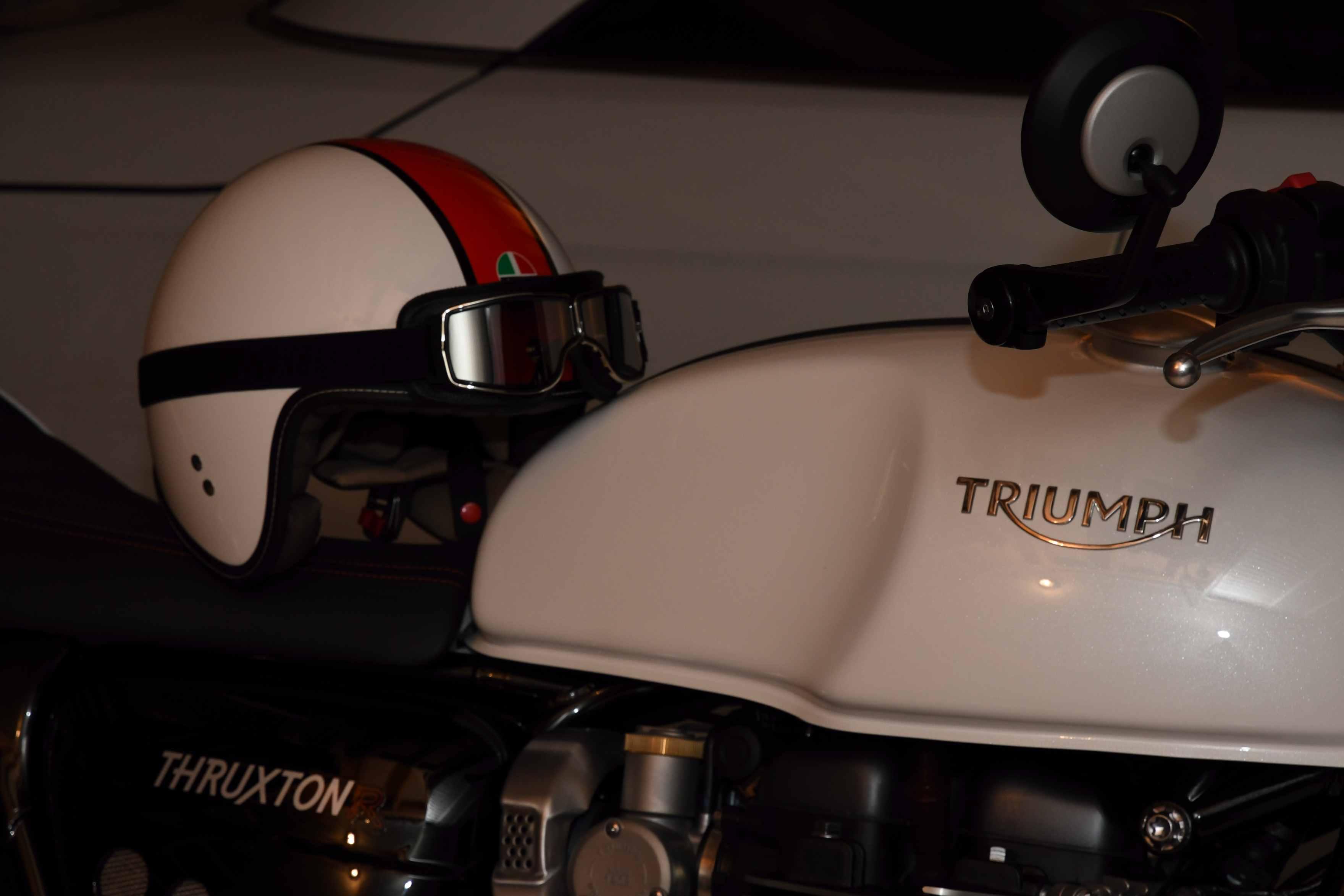 Triumph Thruxton et ThruxtonR  - Page 2 180114123313512748