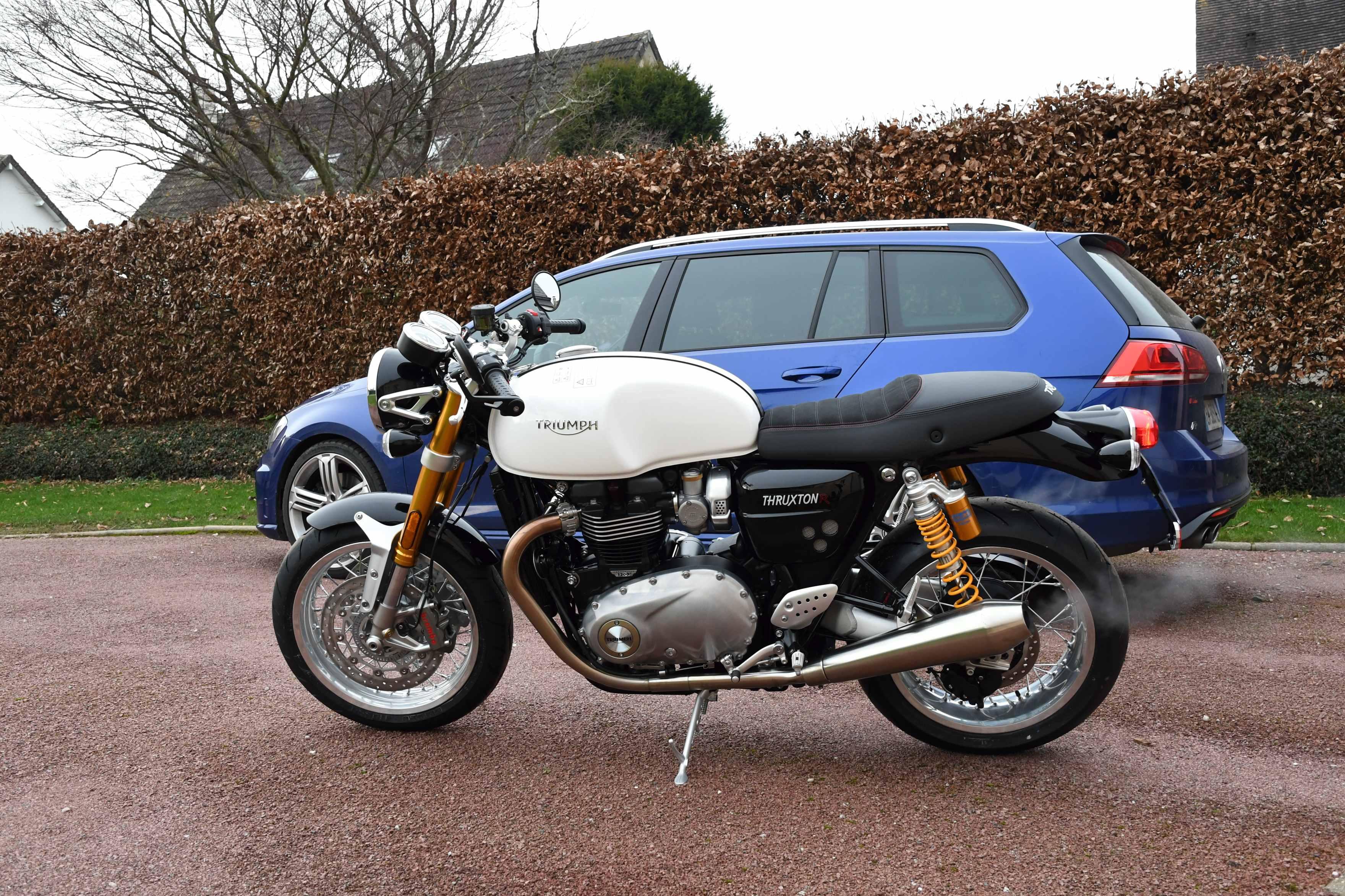 Triumph Thruxton et ThruxtonR  - Page 2 180114123323524278