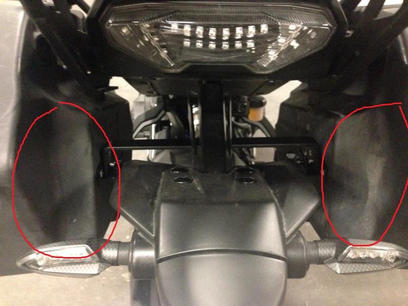 Montage de valises rigides Yamaha City (TDM/FJR) - Page 6 180120040655387358