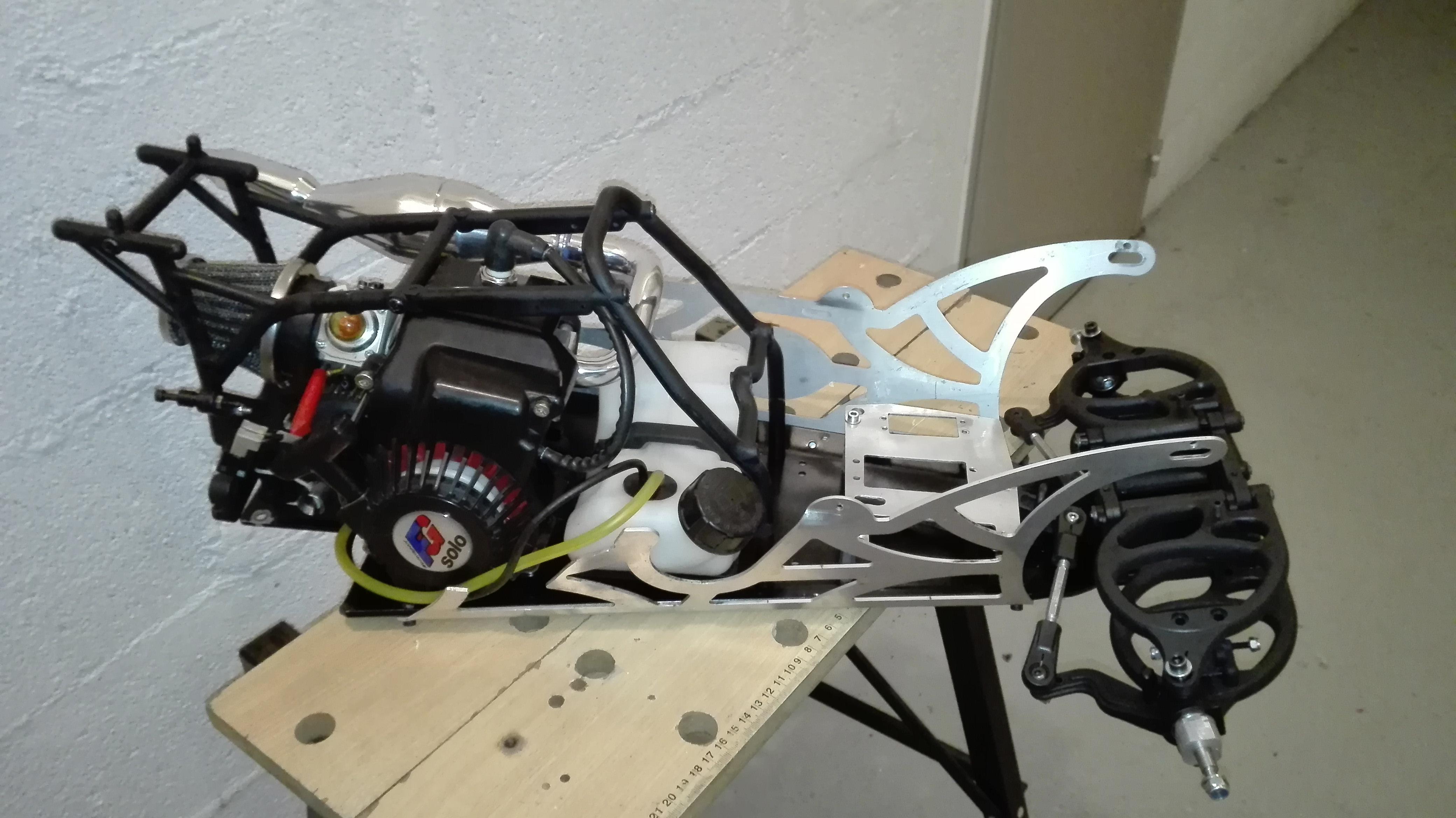 re-montage complet monster truck FG depuis un chassis nu - Page 2 180203080145867279
