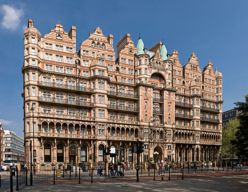 Charles Fitzroy Doll et l'hôtel Russell à Londres 18021702572112706