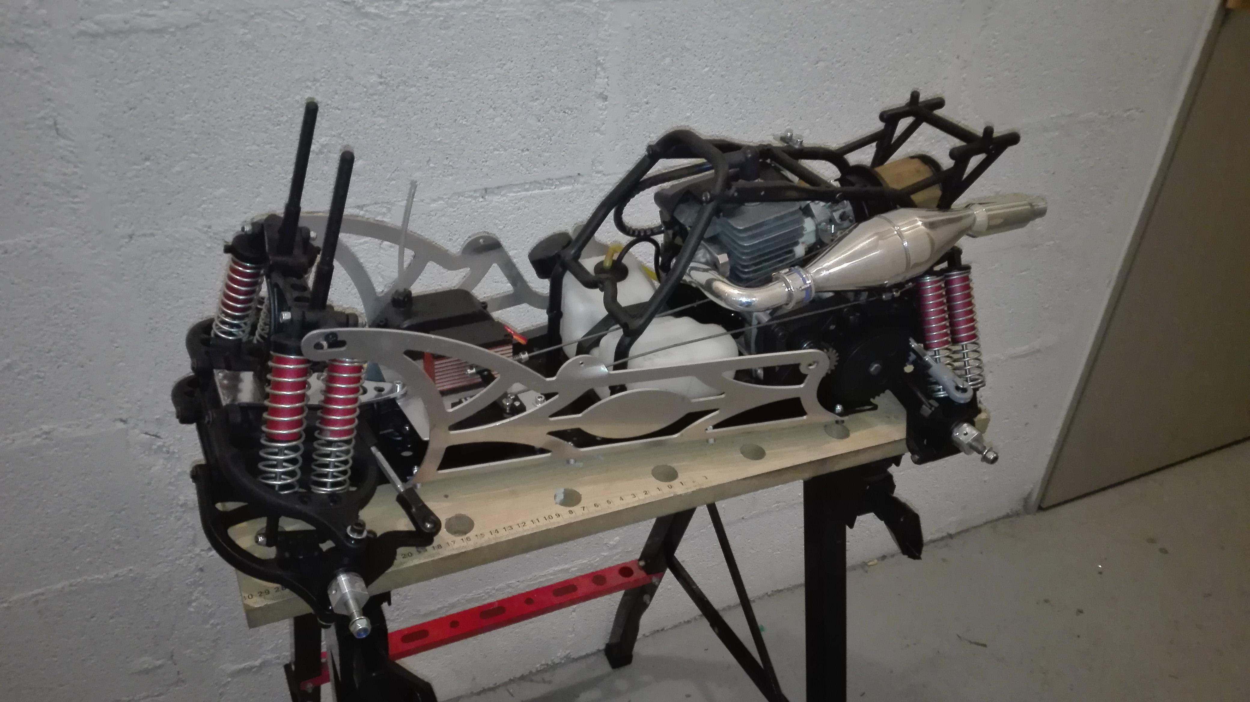 re-montage complet monster truck FG depuis un chassis nu - Page 2 180303061541591881