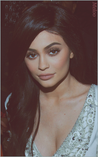 Kylie Jenner Mini_180303103851738699