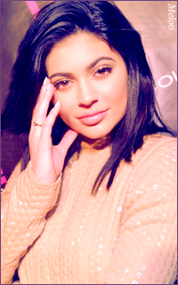 Kylie Jenner Mini_180303103858315753