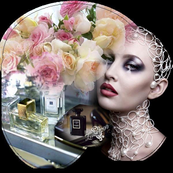 femme parfum et rose