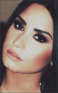 Demi Lovato Mini_180305120853678996