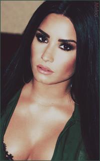 Demi Lovato Mini_180305120856751306
