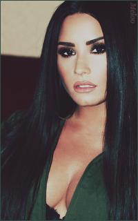 Demi Lovato Mini_180305120858630936