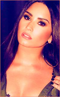 Demi Lovato Mini_180305120900894780