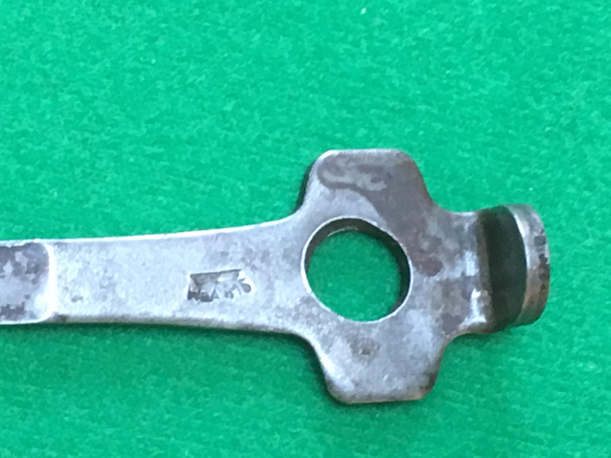 Les petits outils pour les P 08 de l'armée allemande de 1934 à 1942. 180314121119888285