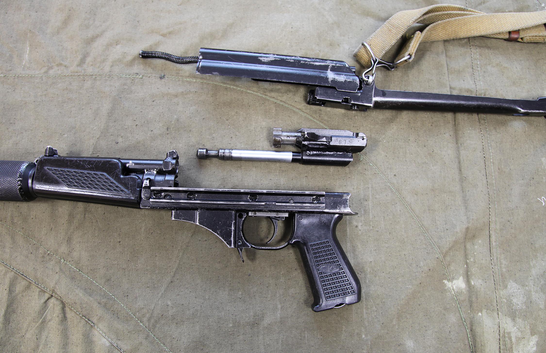 9mm_KBP_9A-91_compact_assault_rifle_-_42