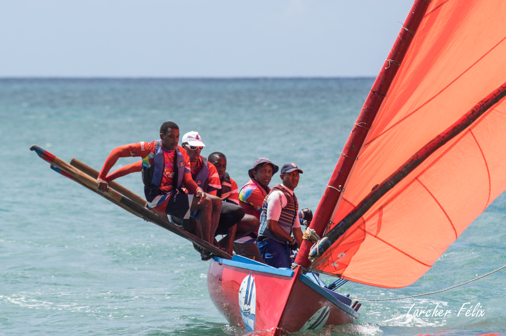 Rencontre à la Martinique : course de Yoles 180325052618936909