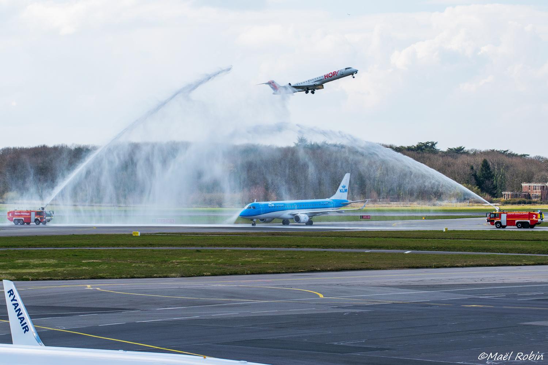 [25/03/2018] ERJ190 (PH-EZM) KLM  180325052927609358