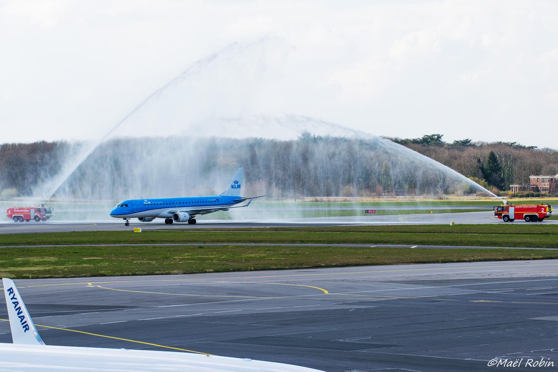 [25/03/2018] ERJ190 (PH-EZM) KLM  18032505293788579