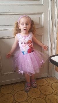 montage gâteau d'anniversaire petite fille 3 ans  Mini_180413104955203961