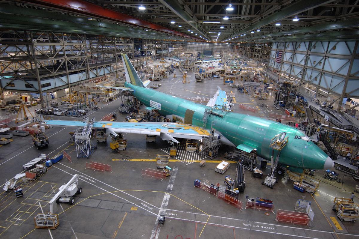 747  400 engine lest