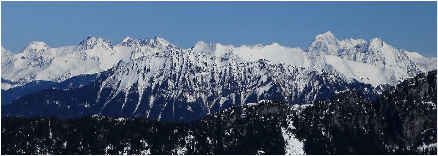 Pano de la chaîne du Mont BLANC  180420120304880486
