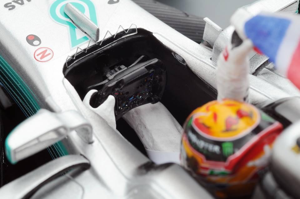f1-british-gp-2017-the-steering-wheel-detail-of-mercedes-benz-f1-w08
