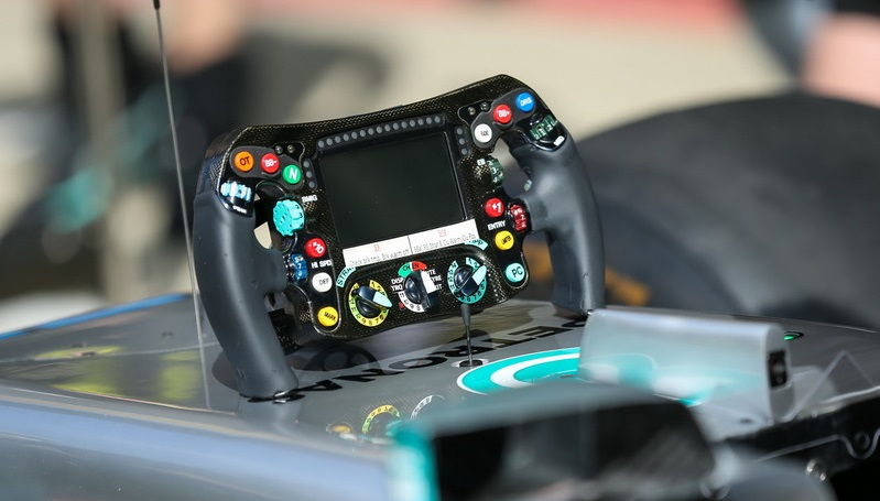 f1-british-gp-2017-the-steering-wheel-detail-of-mercedes-benz-f1-w08