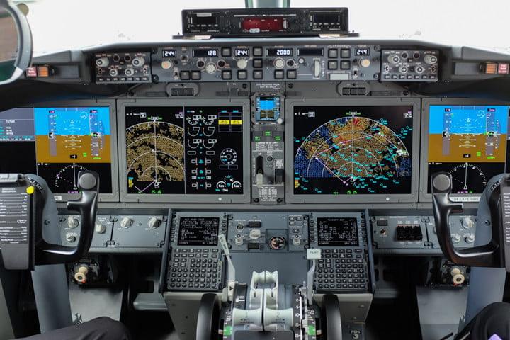737 max cockpit 1