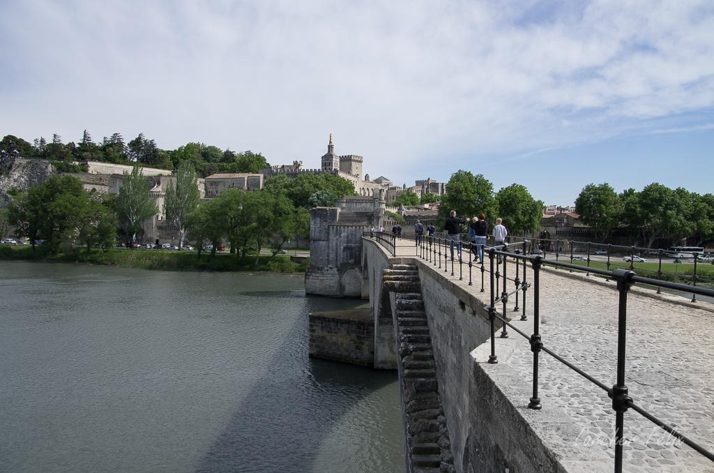 Sur le Pont d'Avignon 180510054109707909