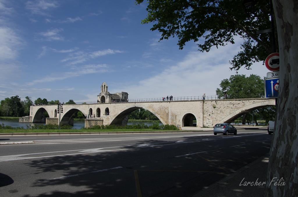 Sur le Pont d'Avignon 180510054112549847