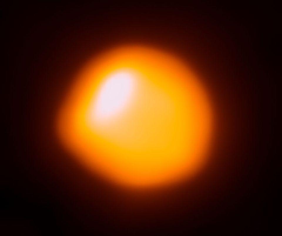1035376-betelgeuse-alma