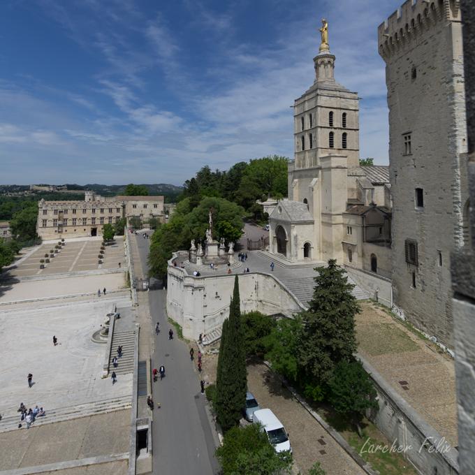 Sur le Pont d'Avignon 180513111343746428