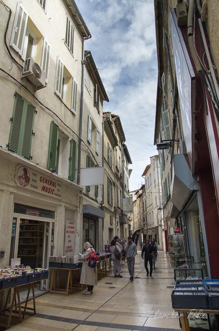 Sur le Pont d'Avignon 180514061429197337