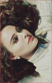 Natalie Portman Mini_180517064830724704