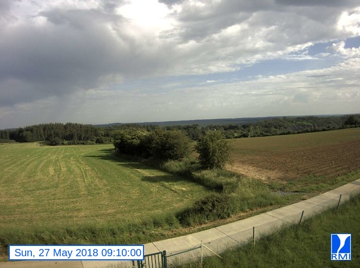Webcam Humain 2018-05-27 09-10