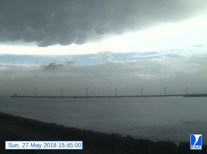 Webcam Zeebrugge 2018-05-27 15-45