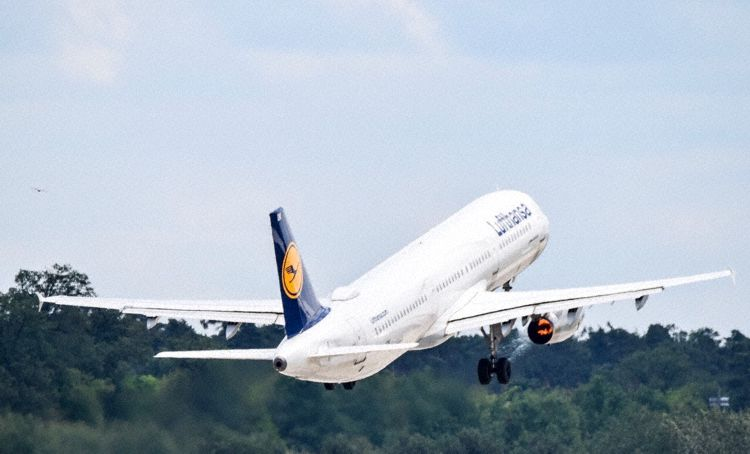 Lufthansa ! LH ! DLH ! - Page 11 180602063458931277