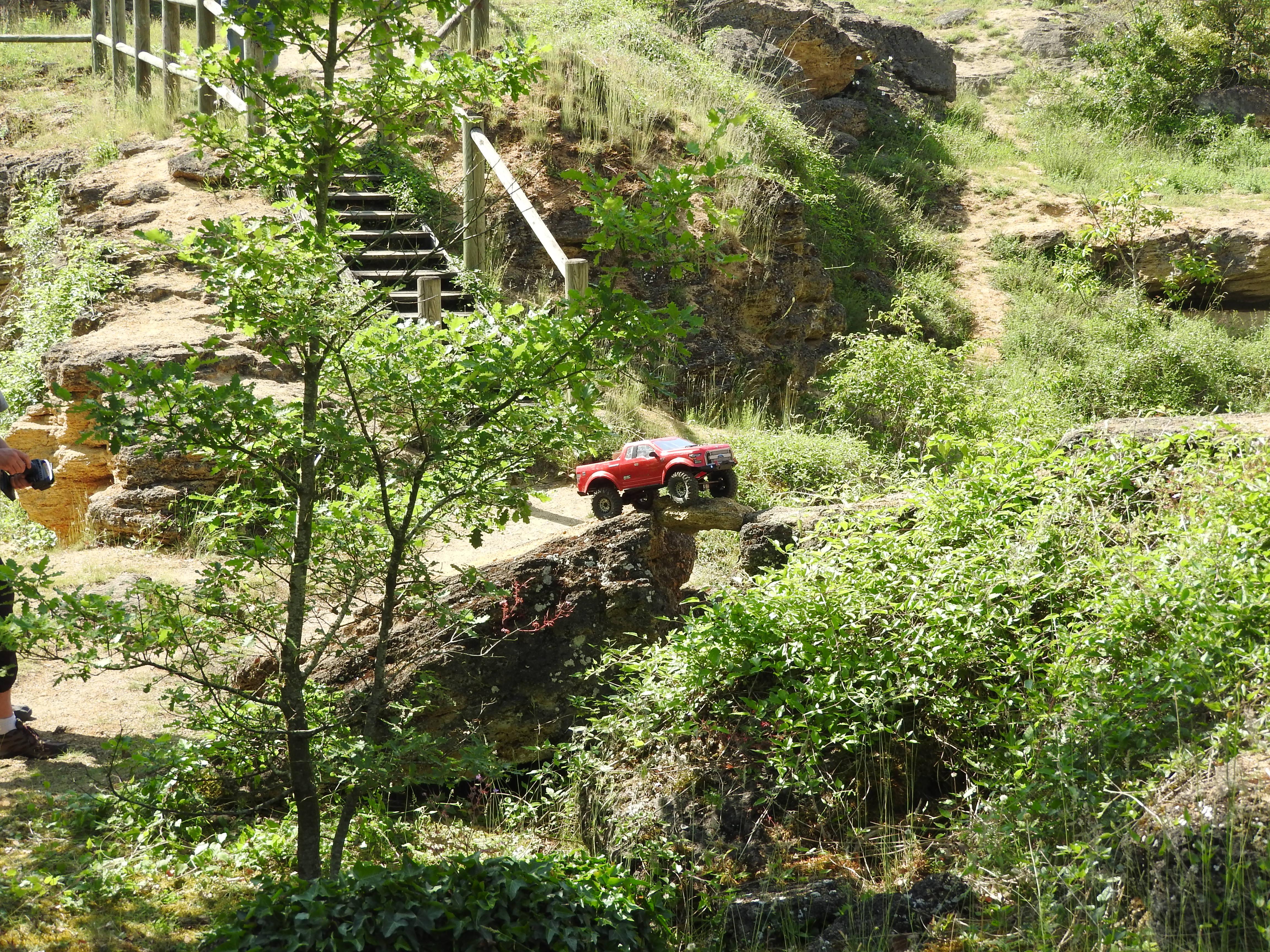 Sortie rc scale et crawler a AMBERRE le moulins de pochas le samedi 2 juin 2018 - Page 3 180603092708681264